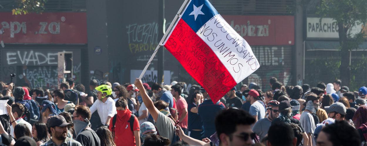 Protestors Plaza Baquedano, Santiago, Chile, 22 October 2019. Photograph by Carlos Figueroa.
